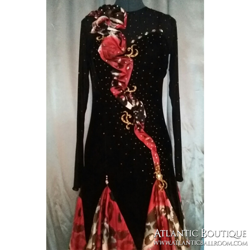Black & Red Standard Dress Size 6-8