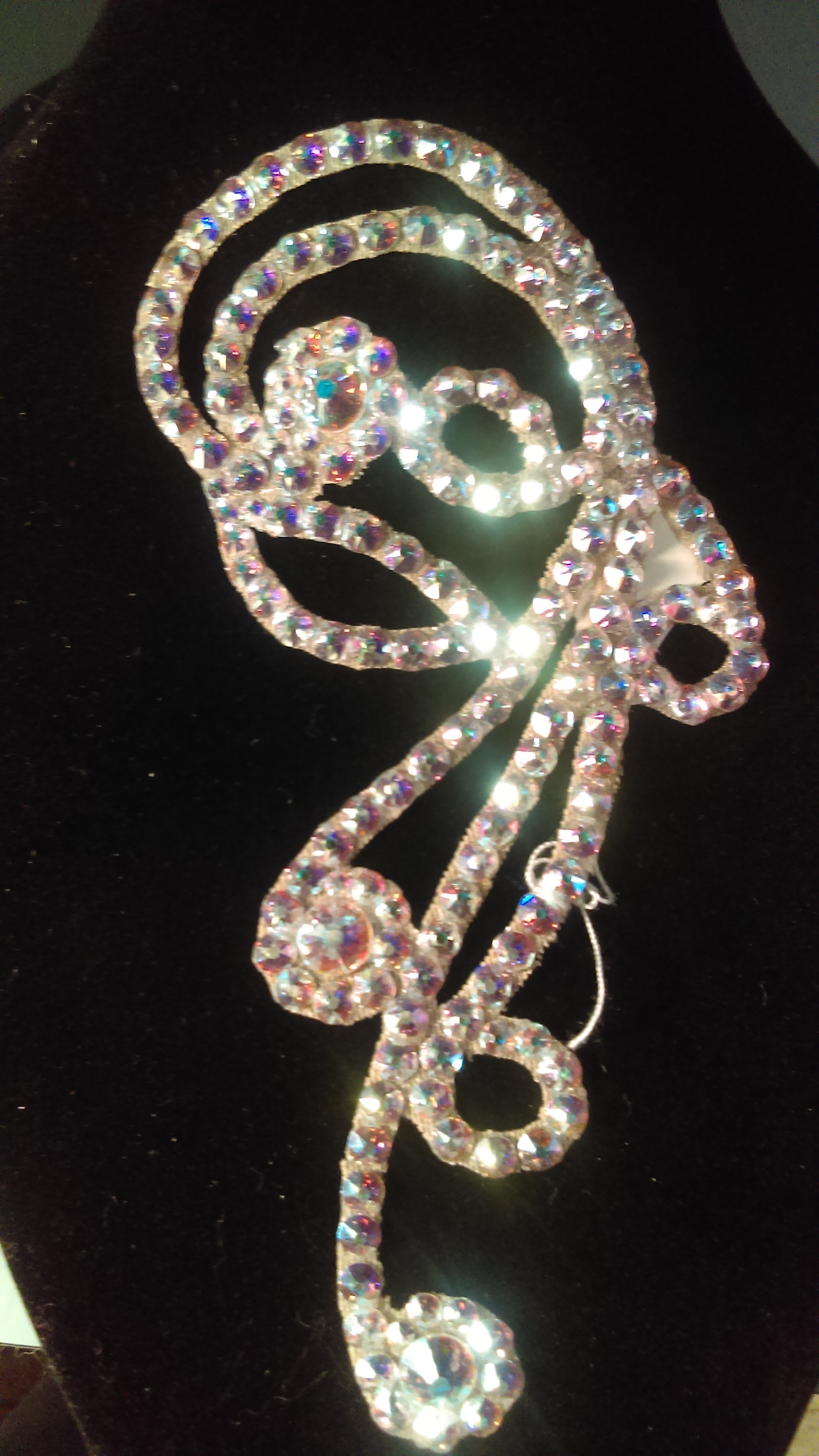 Hair accessory with swarovsky crystals
